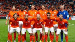 20140605_145202_timnas-belanda-oranye